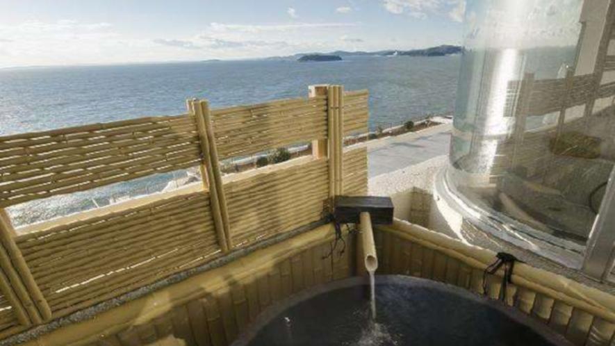 客室露天風呂と三河湾の大パノラマ