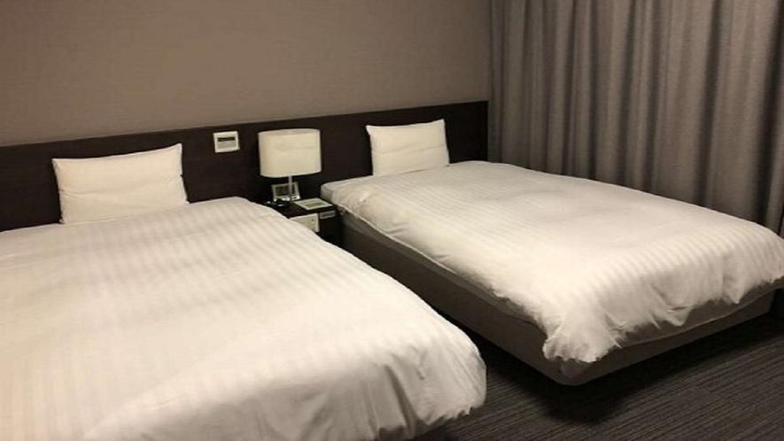 ■ツインルーム21.5平米(ベッド幅120cm×205cm×2台)■