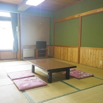 *和室12畳/広めのお部屋なので、グループのご利用に◎全室、暖房・テレビ付きとなっております。