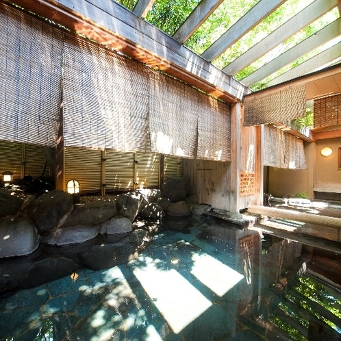 大浴場 金鱗の湯 露天風呂