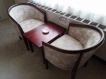 【客室】 和室椅子