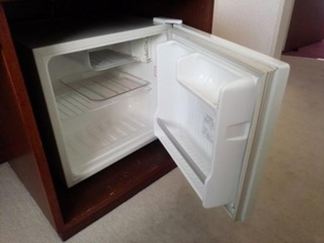 【客室】 冷蔵庫