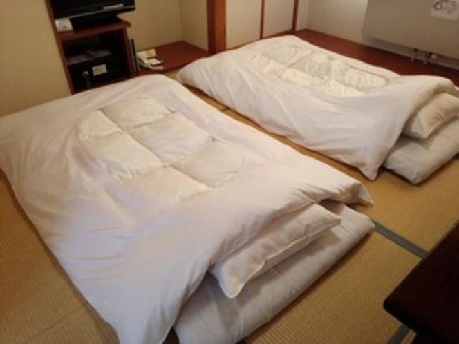 【客室】 布団