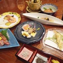 *【夕食全体例】素材にこだわって、一品一品心を込めて、仕上げました。