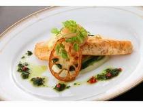 お魚料理一例。