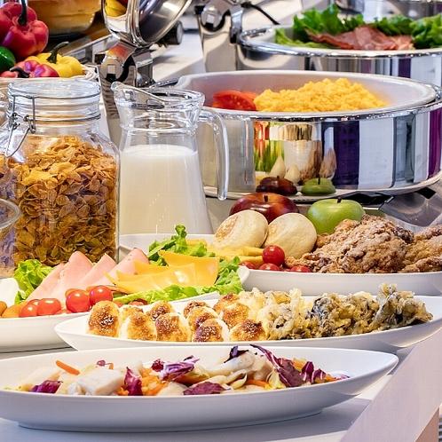 松本平の食材を中心に ボリュームたっぷりの朝食メニューをお楽しみいただけます