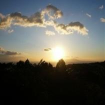 【絶景】お部屋から見える朝日が眩しいです。
