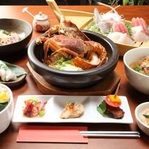 【創作アジアン料理/ご夕食】少しづつ色々なものが食べられる、創作アジアン料理。