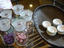 お好みのお香で香りの時間をお楽しみ下い。