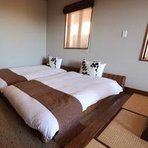 デラックスツイン【月】和洋室★海望む天然ヒバ露天風呂付/ゆったりしたベッドルームが魅力