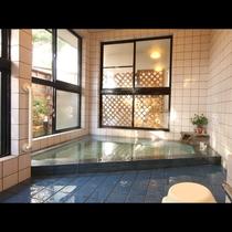 【共同浴場】