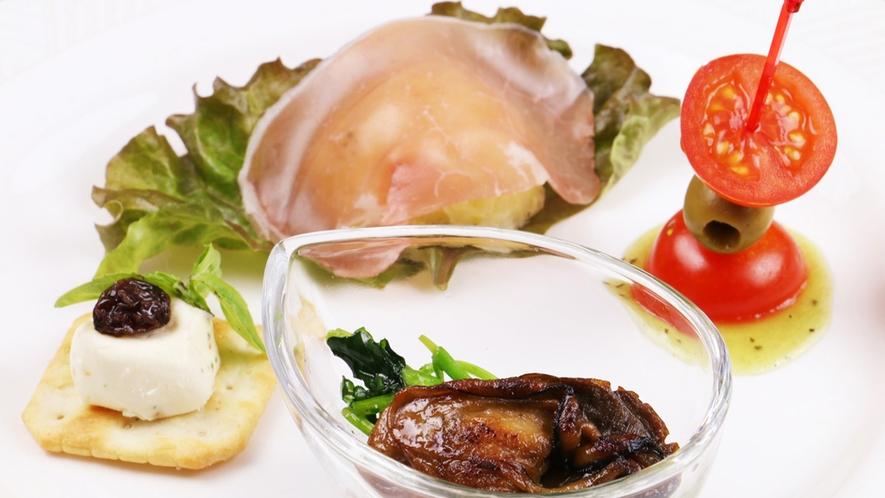 ■彩あるオードブルは、これから続く料理の期待をアップします