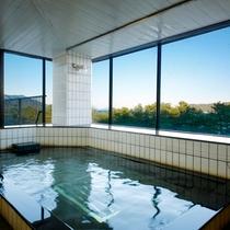 天橋立を望む展望風呂