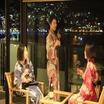 【客室】客室は全て海側。夜は綺麗な夜景を望めます