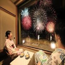 全室から目の前で花火を見る事が出来ます