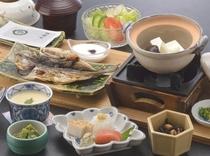 <朝食一例>こちらは和食の一例になります。