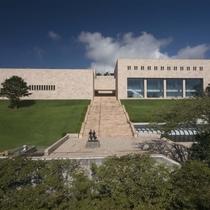 2月5日リニューアルオープンのMOA美術館