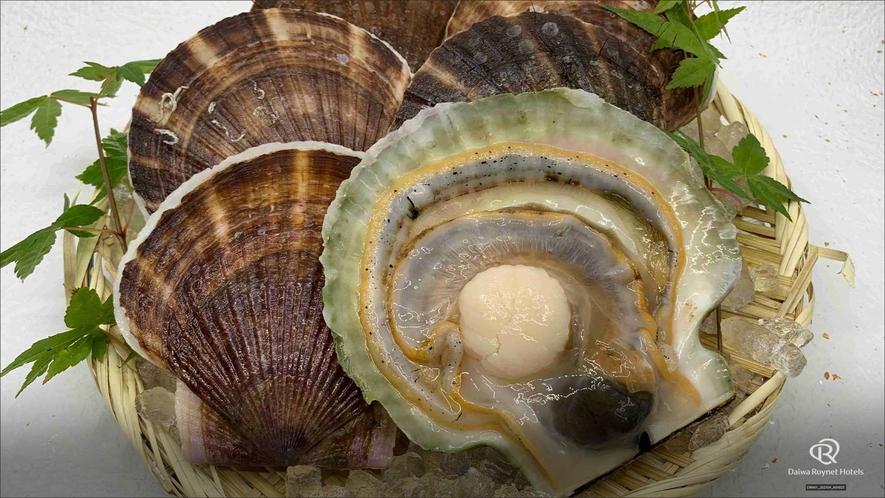 1階居酒屋「海の台所 稲瀬」夕食メニュー一例 ◆活ホタテ