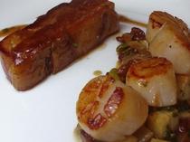 【料理一例】ビーフとホタテのメインディッシュ