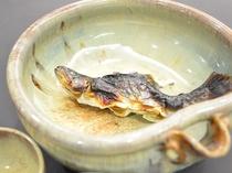 【一品料理】 岩魚の骨酒