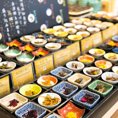 ビュッフェ(豆皿コーナー)