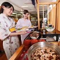 ビュッフェは会津郷土料理を中心としたビュッフェでおなかいいっぱい