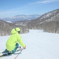 ・ミクロファインスノーが自慢の「裏磐梯猫魔スキー場」
