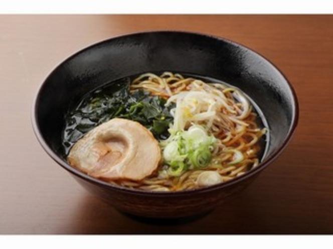 醤油ラーメン(520円)