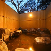 ・貸切風呂/岩風呂