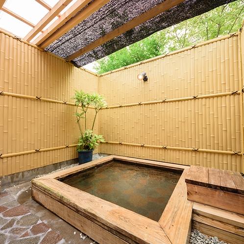 ・貸切露天/ヒノキ風呂