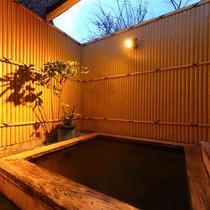 ・貸切風呂/ヒノキ風呂