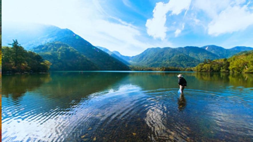 初秋の湯ノ湖 9月中旬