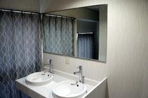 男性専用バスルーム