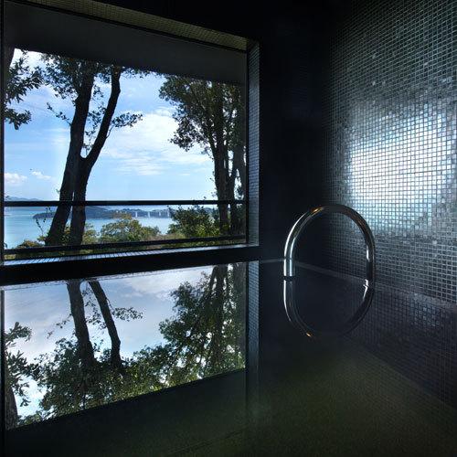 ◆【和奏ツイン-Waso-】潮の香り感じる鳴門海峡は、バスルームからもお楽しみいただけます。