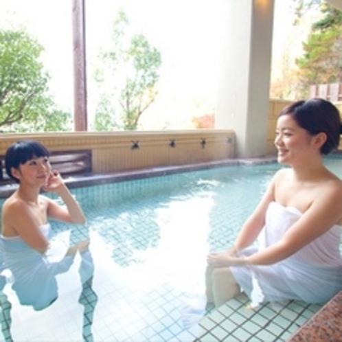 東館 露天風呂からの景色もきれいだね