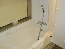 ユニバーサルシングルルーム浴室