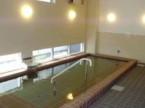 男性大浴場 広々浴槽 寝湯も