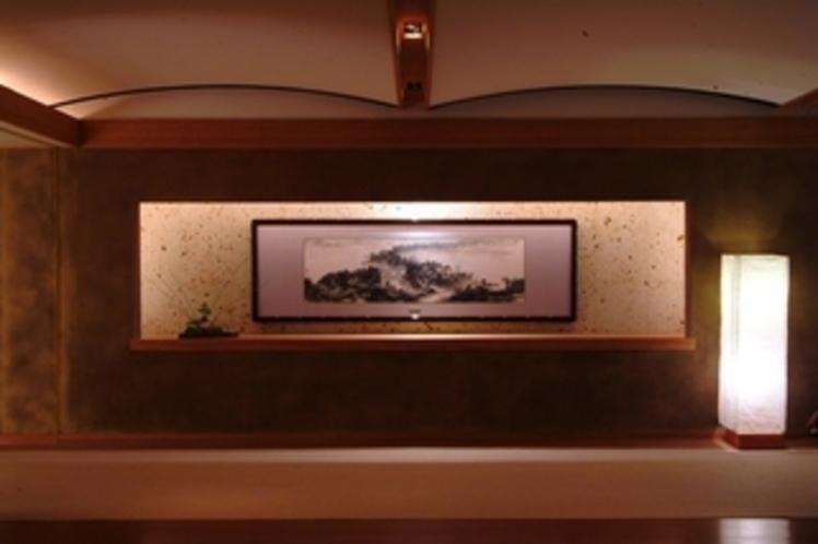 【ロビー】水墨障壁画などで知られる王子江(おうすこう)さんによる「天橋立紀遊図」を展示