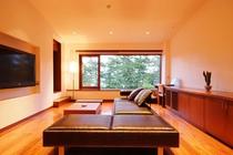 【特別室】リビング・ベッドルーム・和室・個室露天。日本三景を景色に非日常のひと時をどうぞ