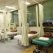 〜当館に併設されている接骨院〜 国家資格者が本物の治療を行います。