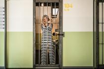 囚人体験できちゃう監獄ゲストハウス