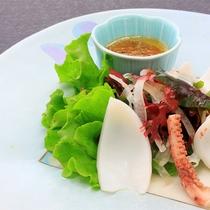 【料理】深海タコ&イカのサラダ仕立て