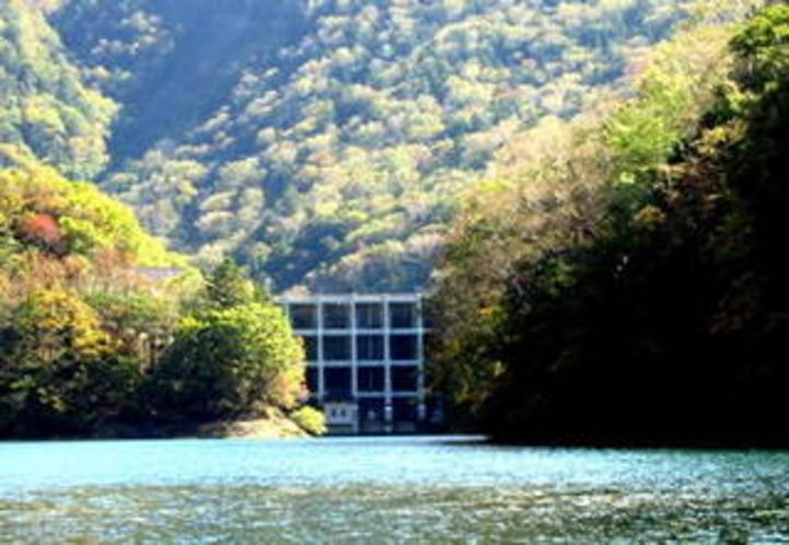 国の重要文化財 丸沼ダム