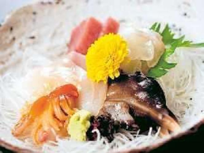 新鮮な海の幸をどうぞ。(お刺身料理例)