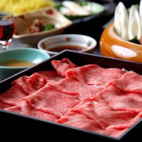 【最上級霜降り飛騨牛しゃぶ鍋コース】最上級リブロースを使用。料理長厳選の最上級しゃぶしゃぶです!