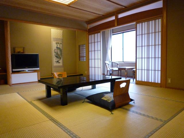 心が和む純和風の客室