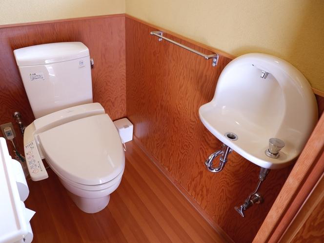 全室ウォシュレット付き洋式トイレ