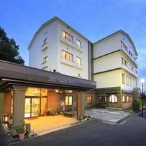 ◆ホテル外観(夜)
