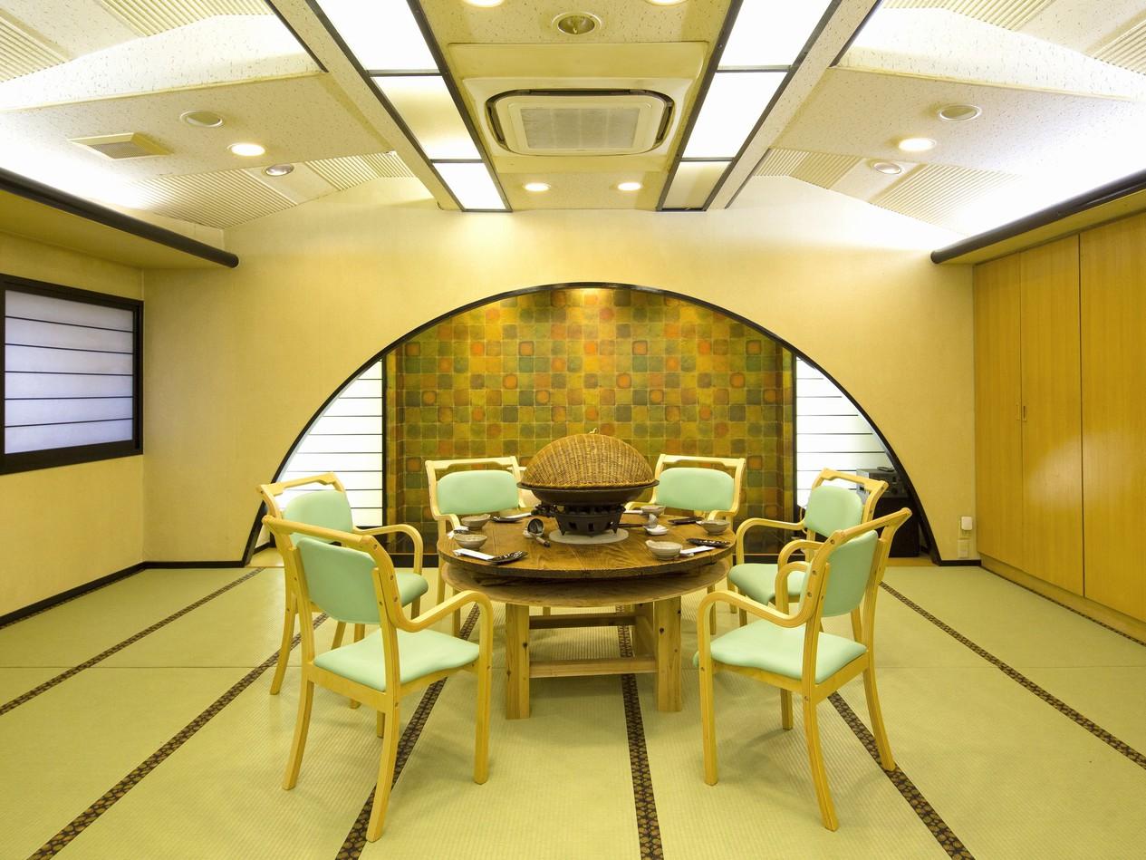2階209号室 畳イス式、宴会場。最大30名さま