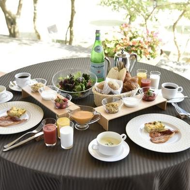 【おこもりプラン〜安心のお部屋食〜】1泊朝食+軽食ルームサービス付